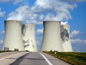 برج خنک کننده بزرگ